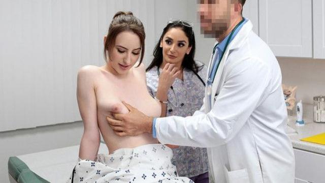 Amını Kontrole Giden Hastaya Anında Şifa Olan Doktor